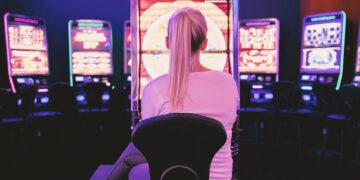 franciza cazinouri si pariuri
